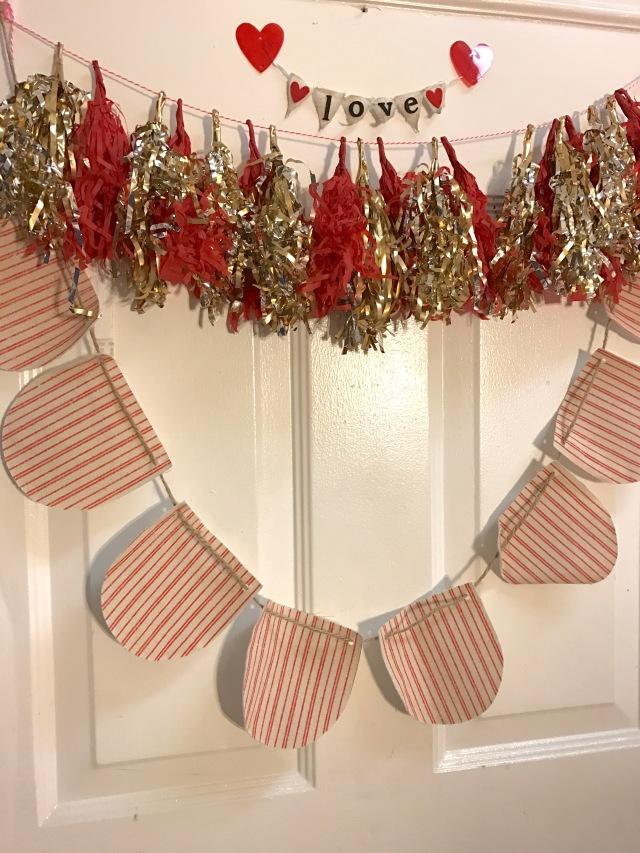 door-ideas-valentines-day-best-party-planning-decoration-diy-bff-goals